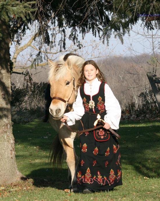 Fjord Horse&girl (fjordhorses